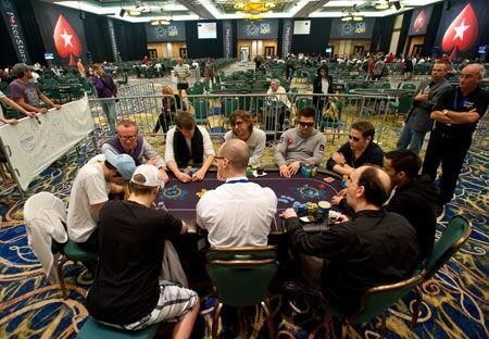 Последний стол турнира хайроллеров PCA