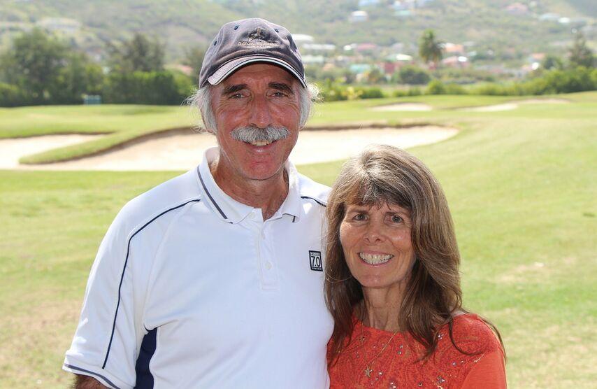 Пол Билзерян и его жена Терри Стеффен во Фригейт Бей, Сент-Киттс, где они живут в кондоминиуме, принадлежащем сыну Адаму