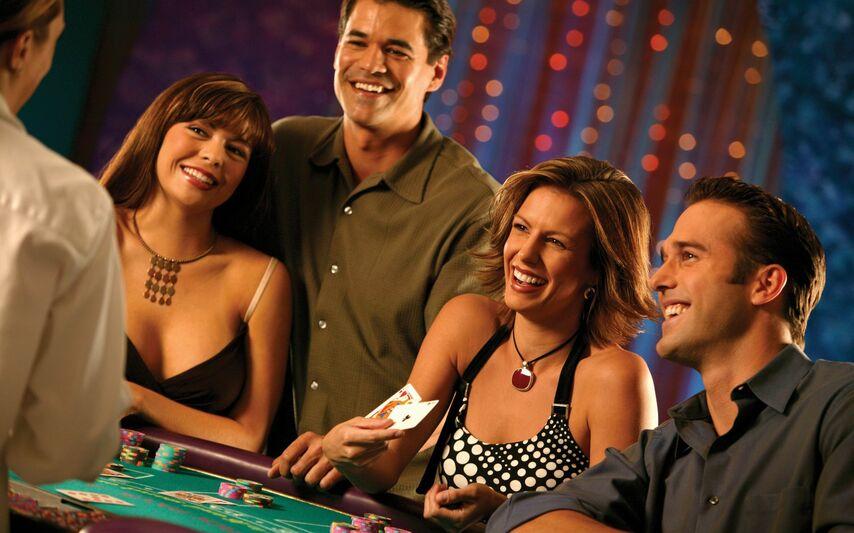 Денег прецедент один крупный игрок просьбе хозяина казино взялся обучить боулинг игровые автоматы