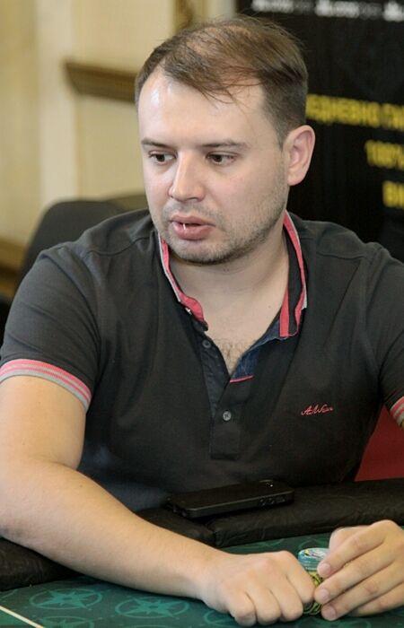 Денис Кораблев