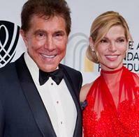 Стив Уинн и его нынешняя невеста Андреа Хиссом